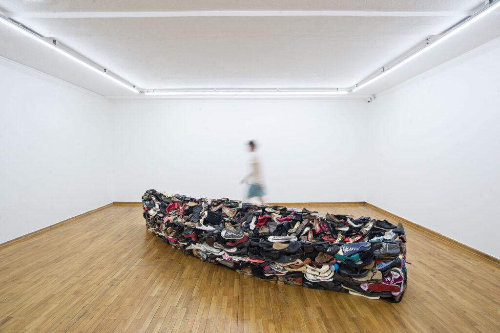 Sislej Xhafa, Barka, 2011, scarpe, Collezione Nomas Foundation