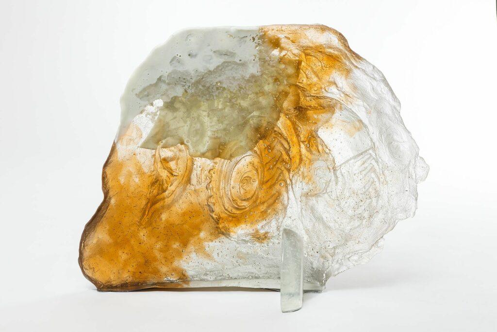 Diego Perrone, Senza Titolo, 2016, Vetro / Glass, 60 × 80 × 20 cm / 23 5/8 × 31 1/2 × 7 7/8 inches, Courtesy Massimo De Carlo
