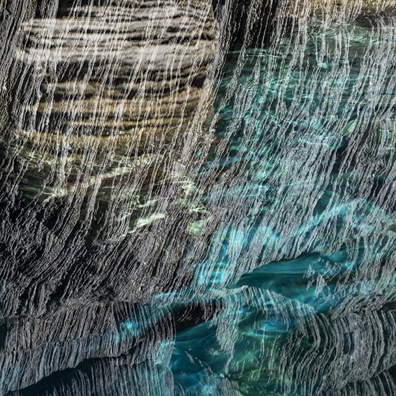Edoardo Romagnoli, NoCode#4, 2020, Mista, Stampa Giclée su Carta Fine Art, 50x50cm, 1/5, Courtesy: dell'artista