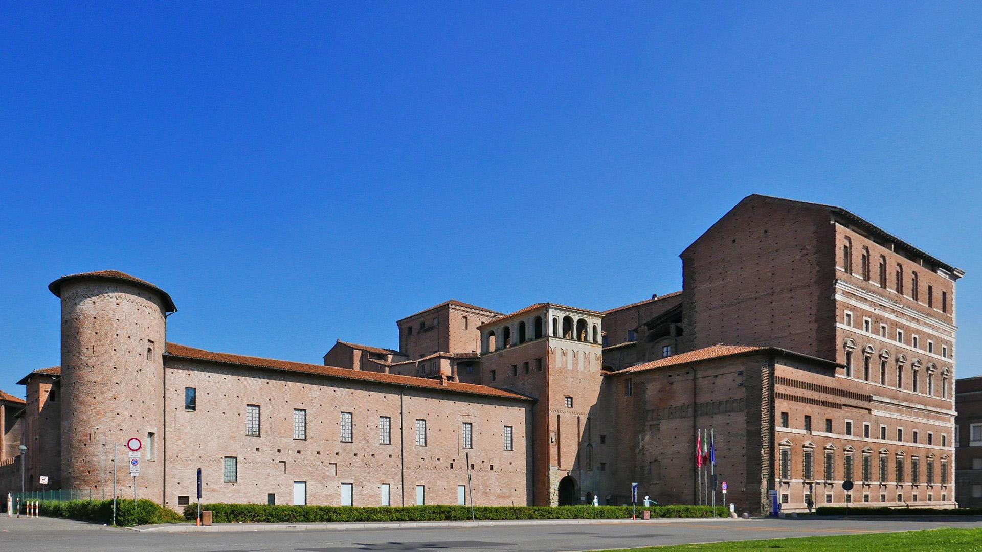 Palazzo Farnese (foto Roberto Dassoni)